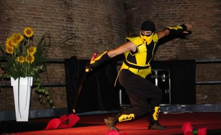 Cosplay dal videogioco Mortal Kombat: Scorpion di Annamaria Quaresima