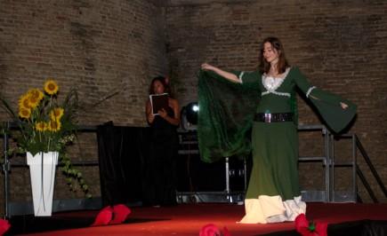 Creazione originale abito medievale di Monia Bolletta