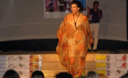 Presentatrice vestita dal sogno di Antonella Fava