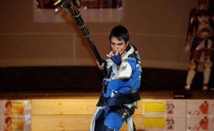 Cosplay dal gioco LineageII: Umano in Blue Wolf robe di Annamaria Quaresima