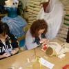 Annamaria e Antonella al lavoro sui costumi del film Winx in 3D per Bloom e Sky